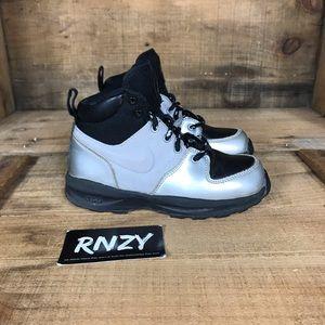 Nike Air Manoa Leather